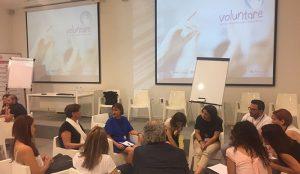 """Voluntarias de SPB forman en """"marca personal"""" a usuarios/as de Novaterra"""