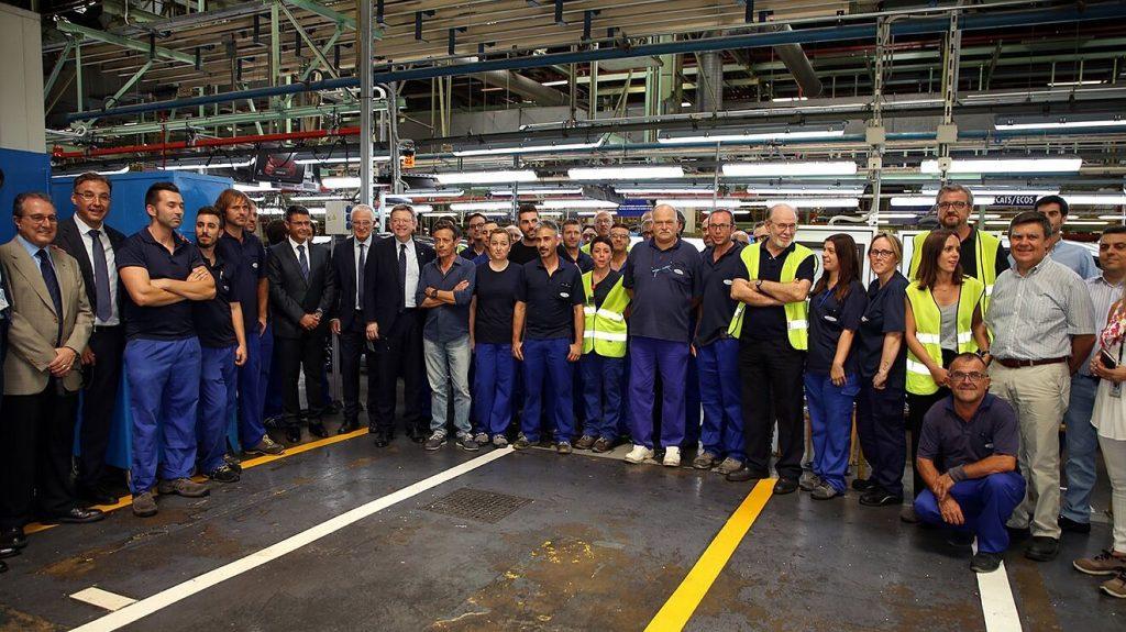 """Los trabajadores de Ford aportan 3.000 € a la Fundación Novaterra con el """"Céntimo solidario"""" de sus sueldos"""