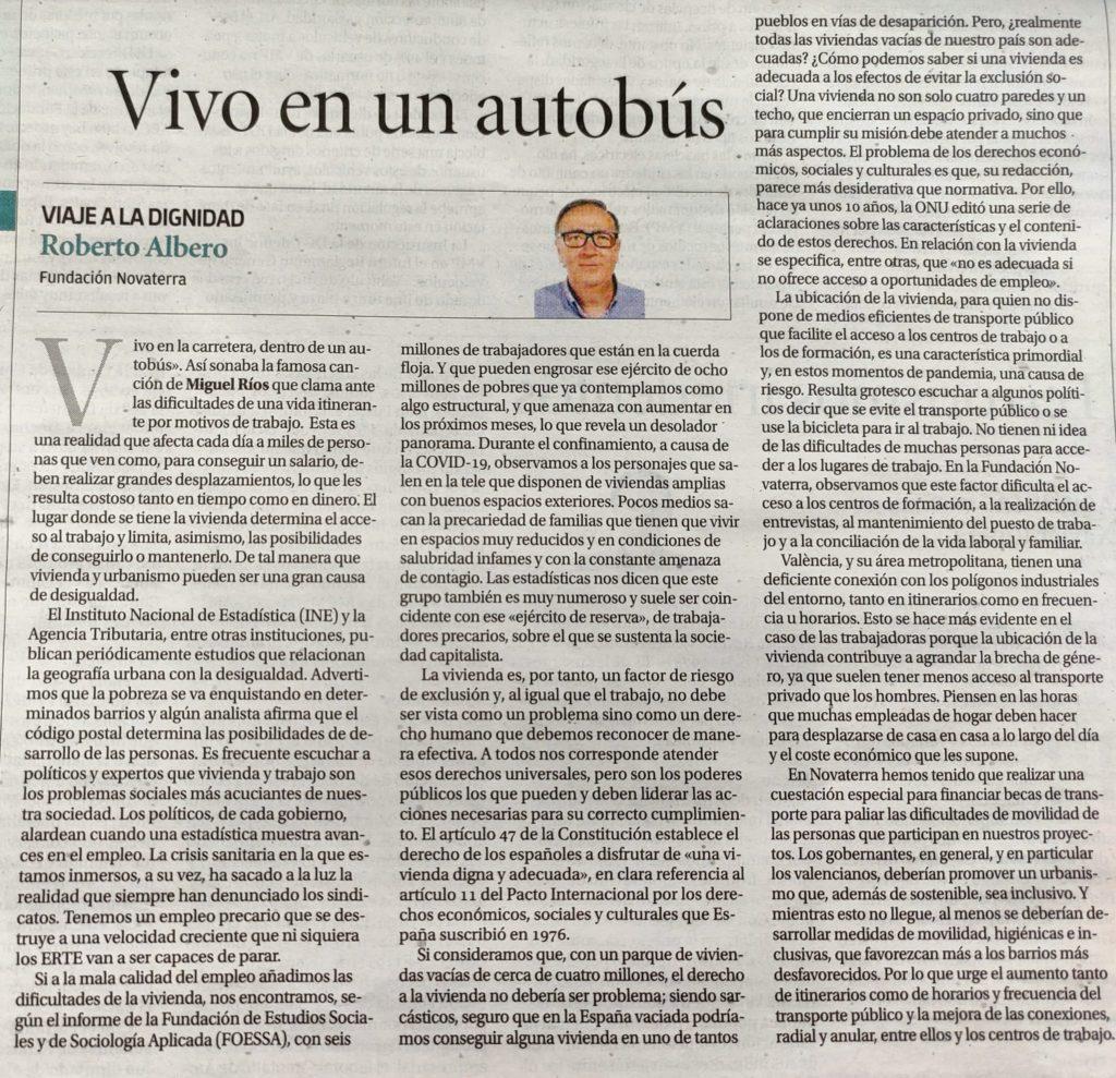 """Roberto Albero: """"Vivo en un autobús""""- Vivienda y Desigualdades"""