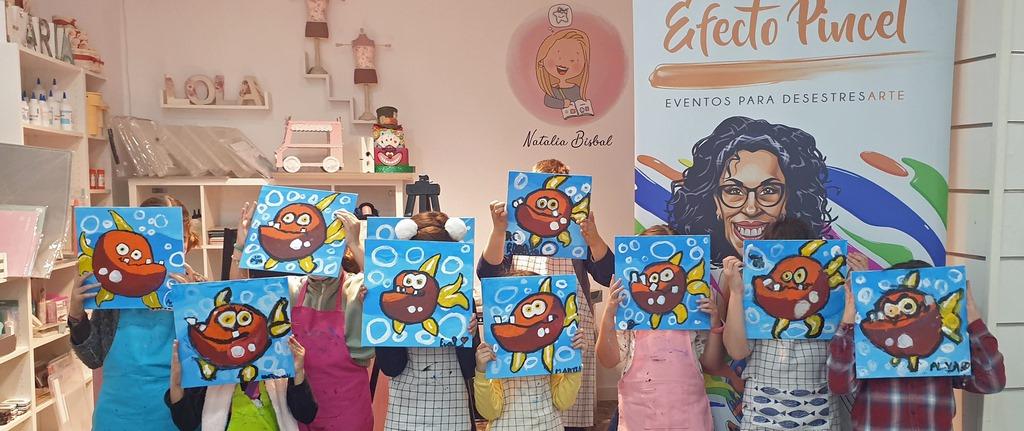 Objetivo🎯 Efecto Pincel: Hacer sonreír a 1.000 niños y niñas